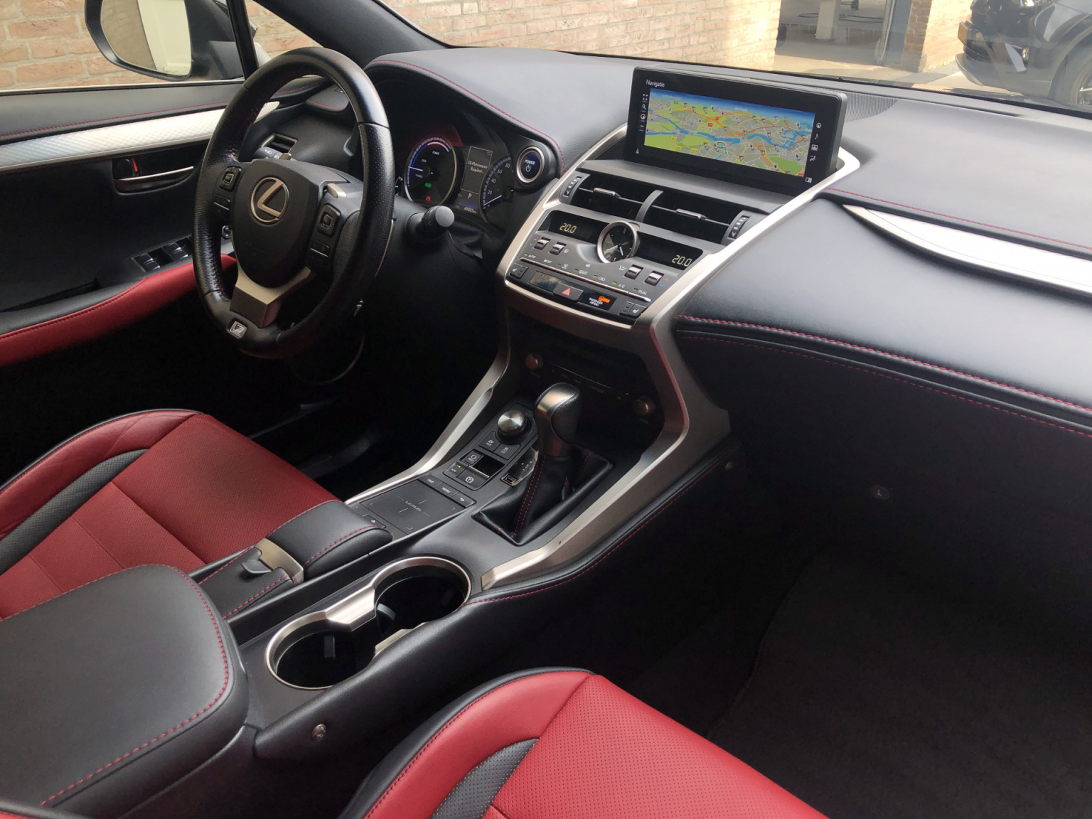 Lexus-NX-18