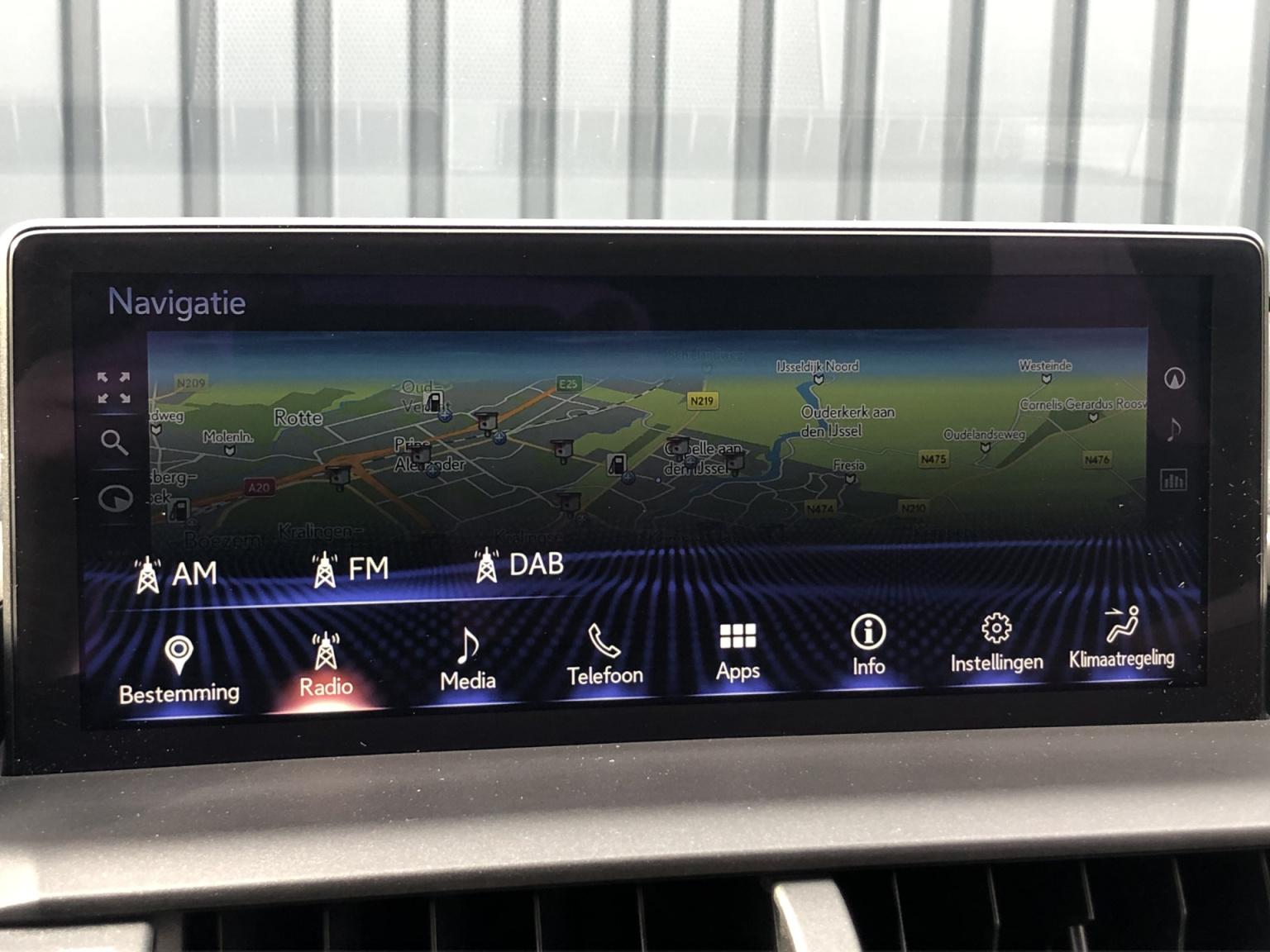 Lexus-NX-23