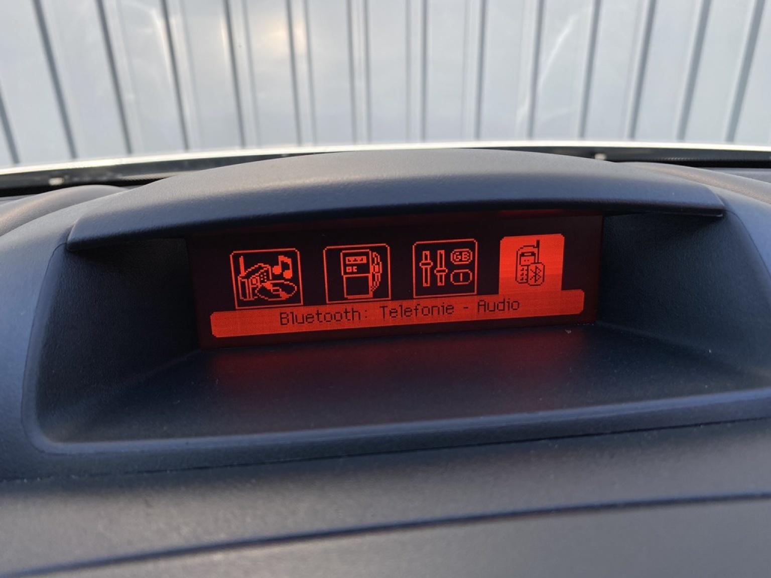 Peugeot-Partner-12