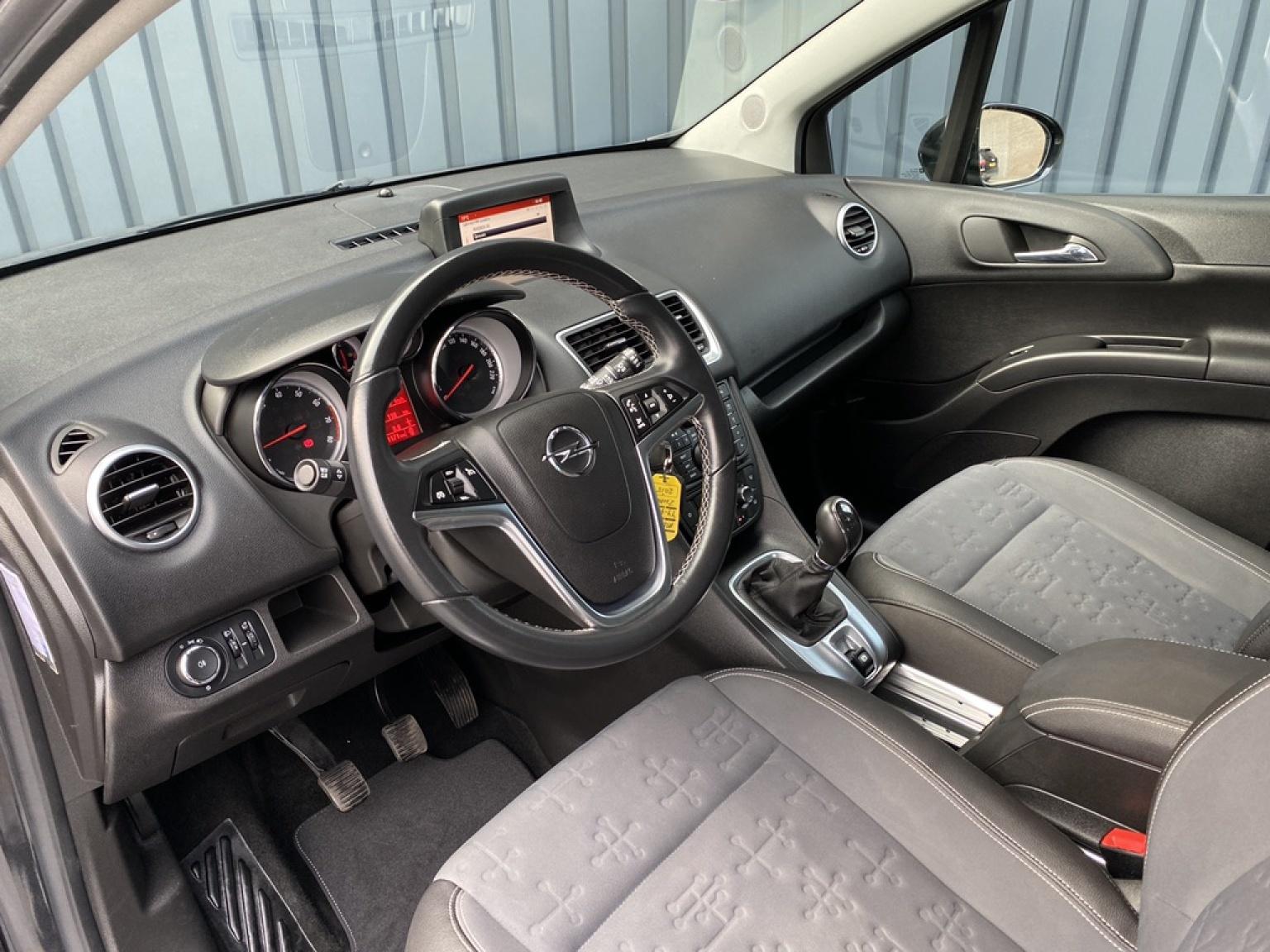 Opel-Meriva-24