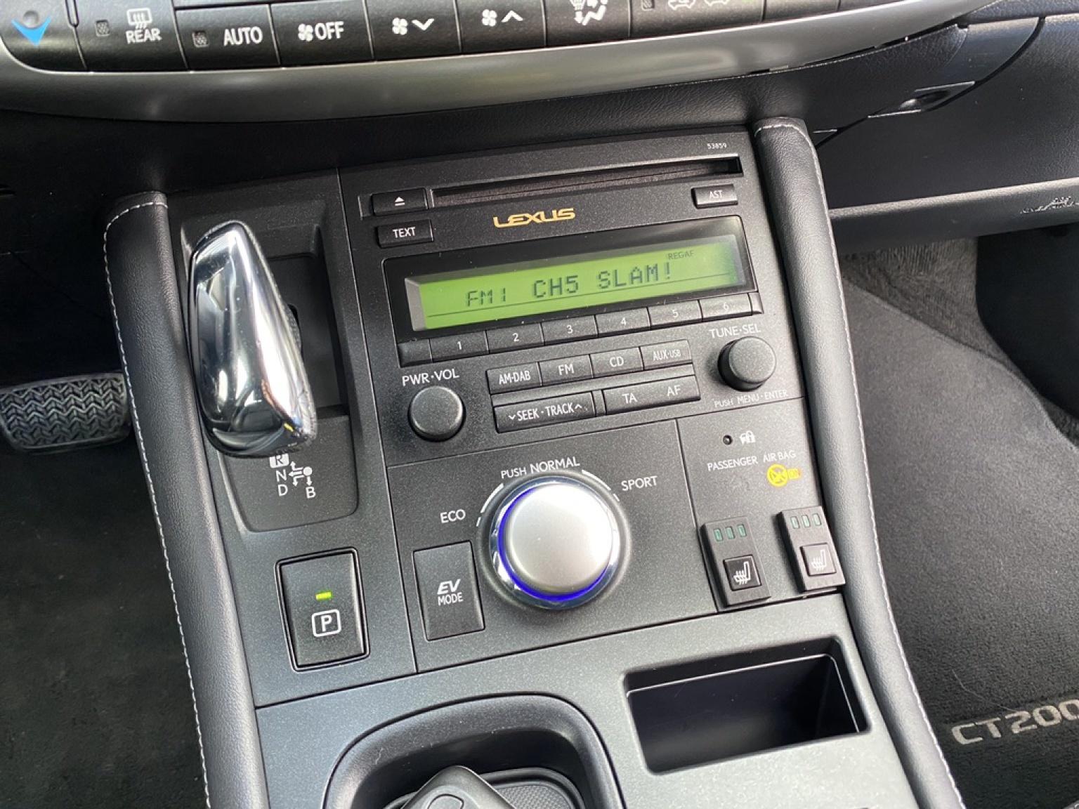 Lexus-CT-22
